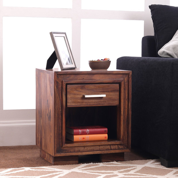 Deruta Bedside Table